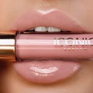 Lip Plumping Gloss by iconic #11